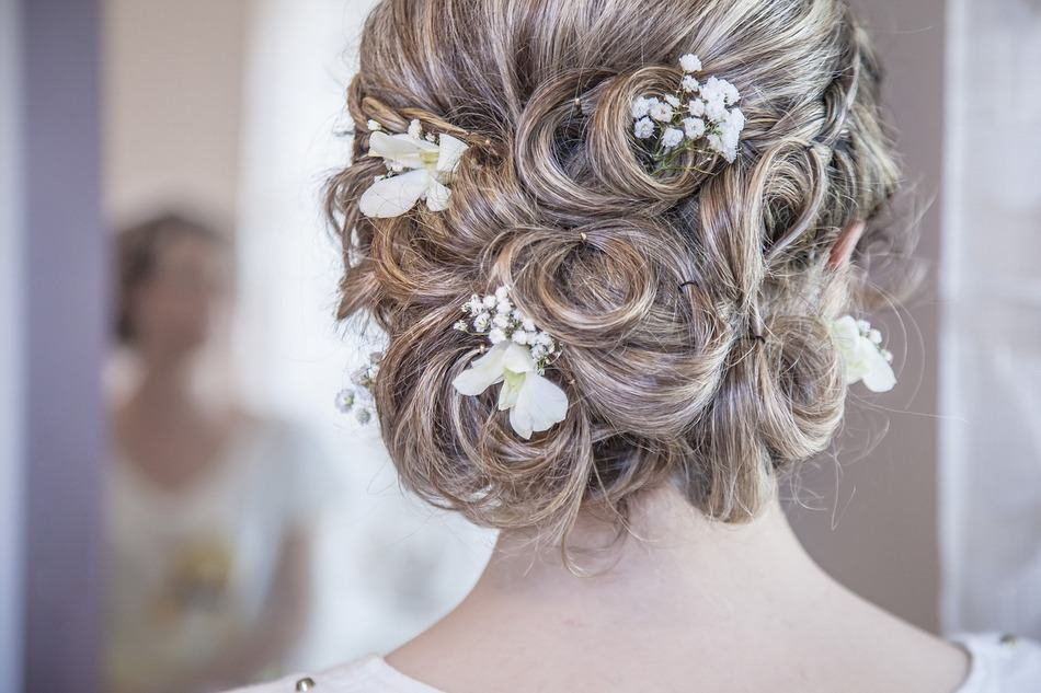 10 of the Prettiest Bridal Buns You've Ever Seen