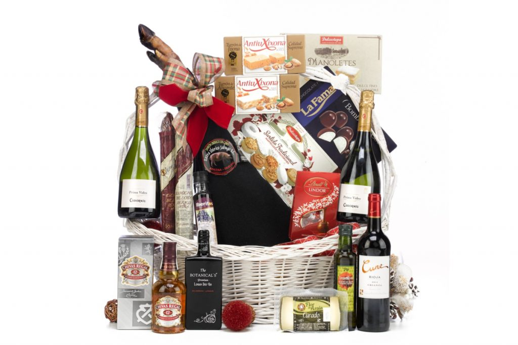 If you're struggling to come up with some great engagement gift basket ideas for LGBT couples, let us give you a hand. Check out 10 we adore!