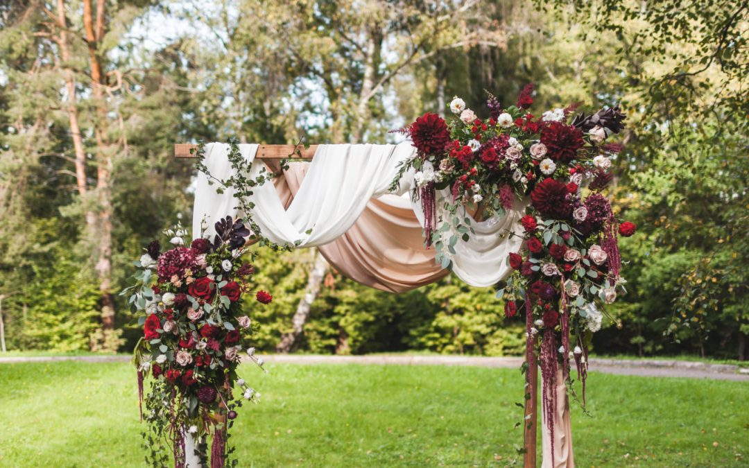 Here's How to Make a Floral Arch Swag for Your Wedding