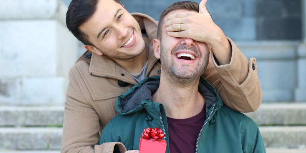 9  Amazing First Anniversary Gifts for Gay Couples That Are Just Loaded with Meaning