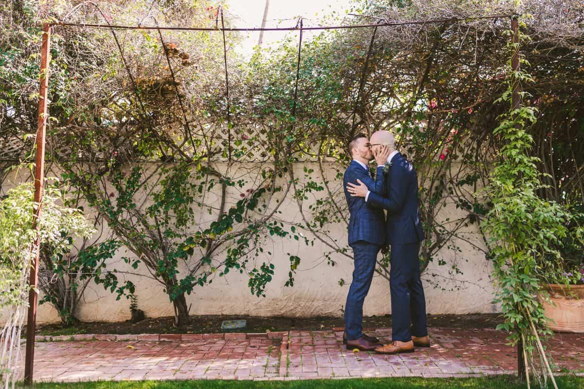 Burke and Malachi kissing