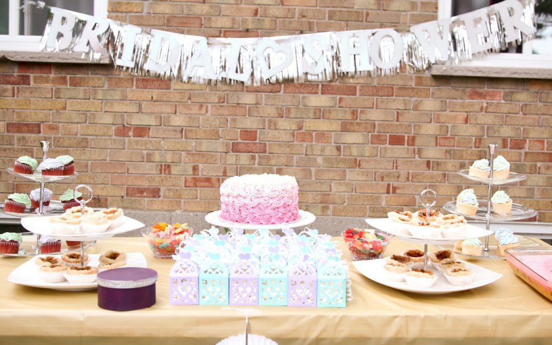 7 Drive-By Bridal Shower Favors And Decor Ideas