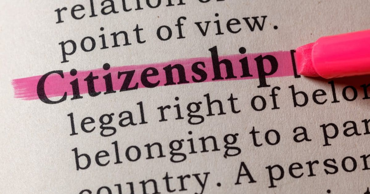 Citizenship in a dictionary, highlighted with pink.