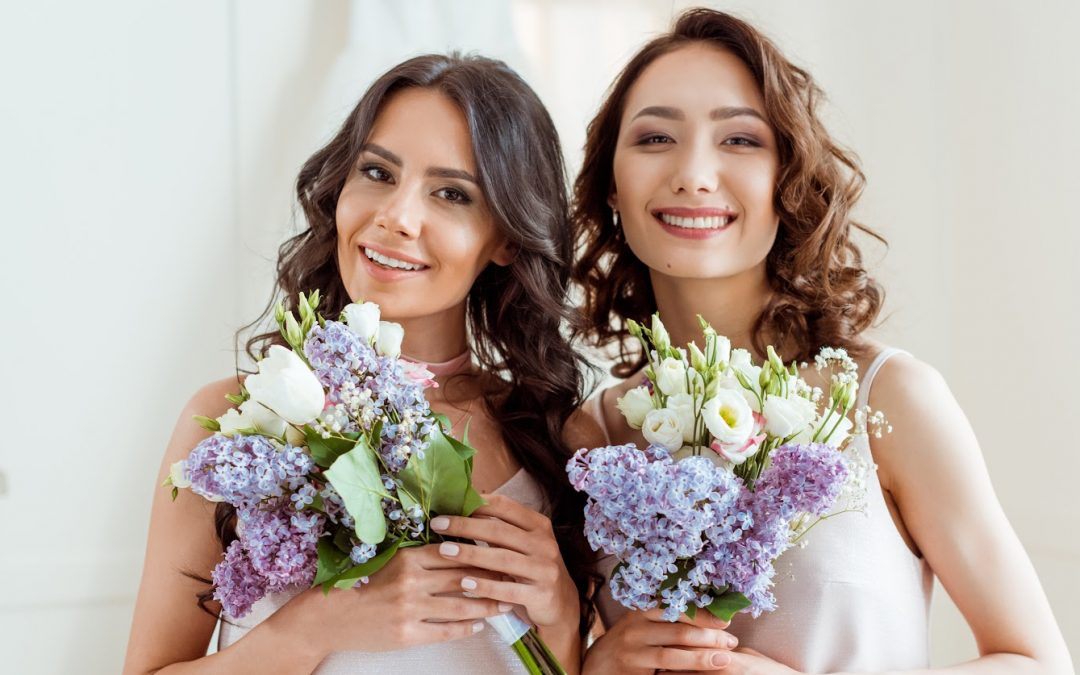 10 Best Wedding Gifts For Female Same-Sex Couples In Their 30s