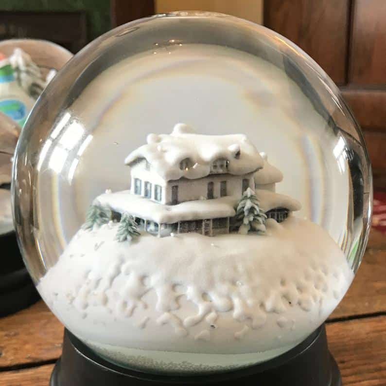 Custom Snowglobe - Your home in a Snowglobe!