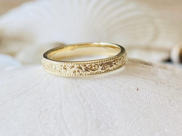 Women's Vintage Style Wedding Band, Floral Wedding Band, Gold Wedding Band, Milgrain Wedding Band