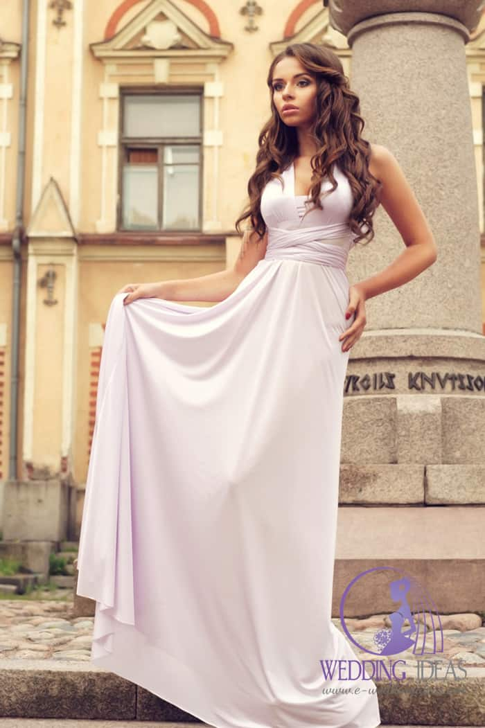 V-neck wedding dress, tied on the waist