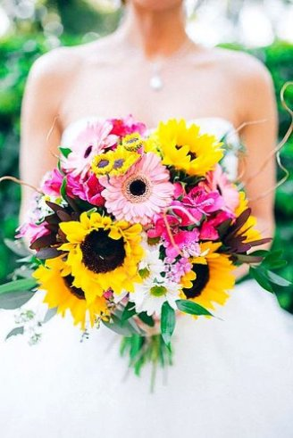Sunflowers - large yellow flowers; Daisy - white flowers with yellow center; Gerbera - large bright pink flowers with black center;