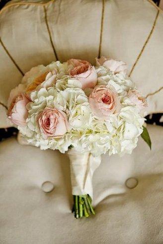 Roses - pink flowers; Hydrangea - white flowers