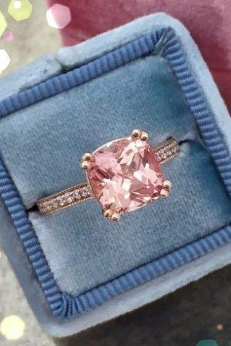 Rose quartz ascher ring