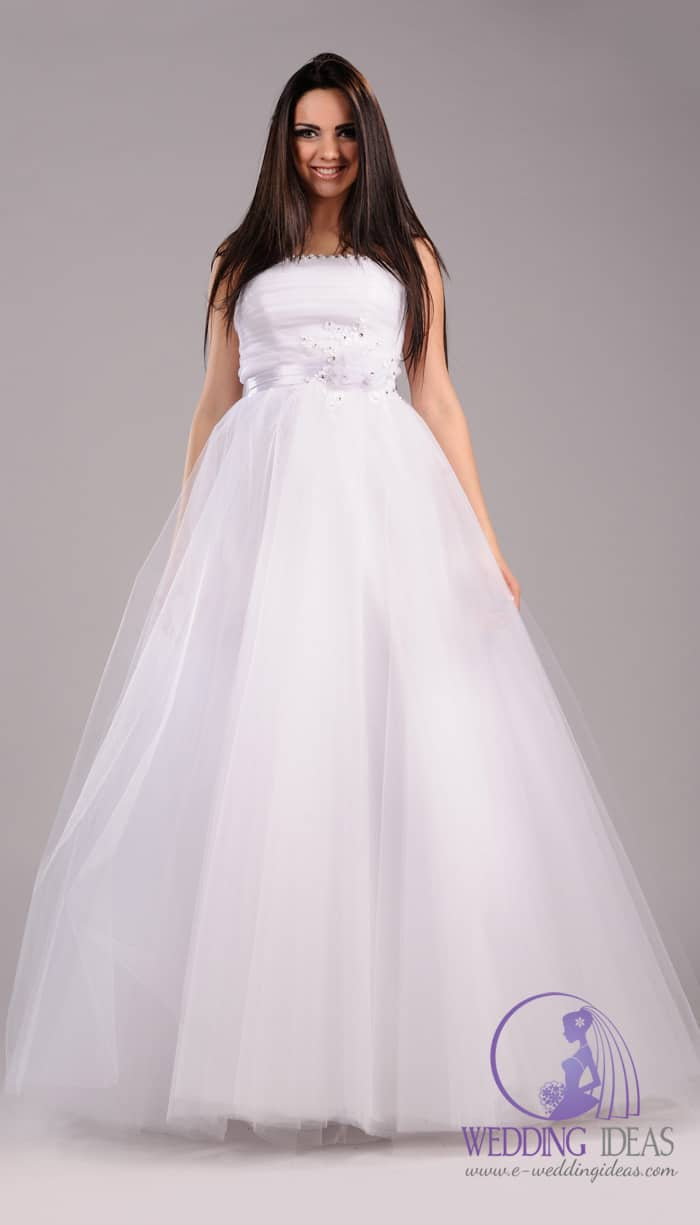 Ball gown with straight neckline.