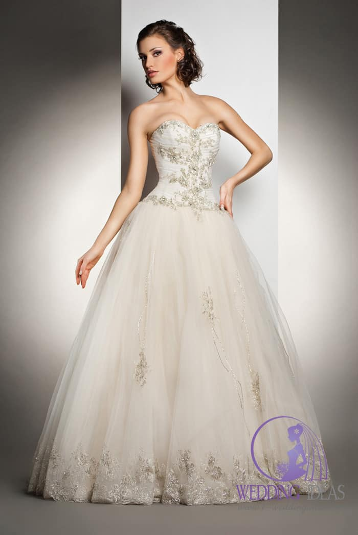 Ball bride dress with sweetheart necklace, a lot of crystals on the bodice.