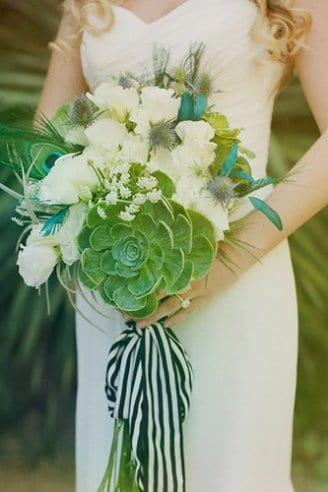 bouquet with Succulents and Lisianthus flowers
