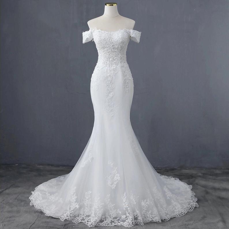 White Elegant Boat Neck Style Mermaid Dress