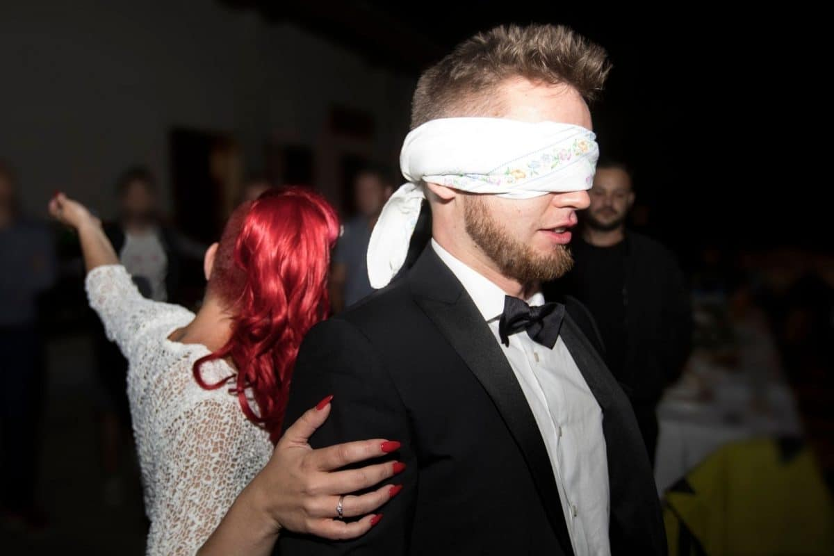 groom with blind fold