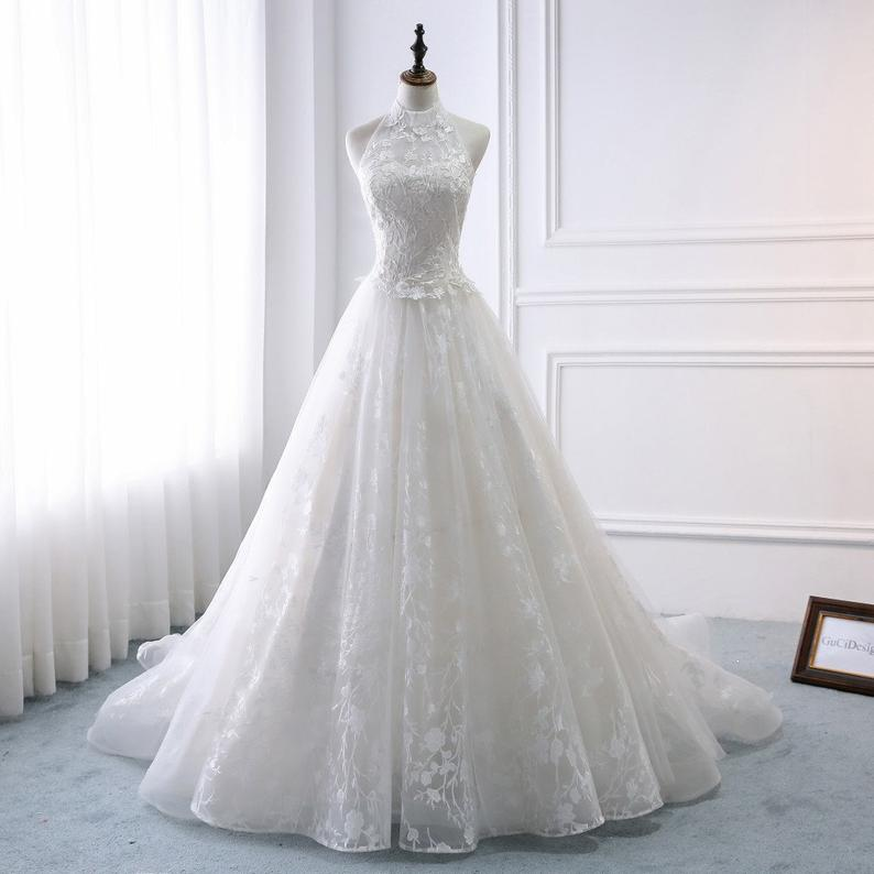 Charming Bridal Gowns Vintage Lace