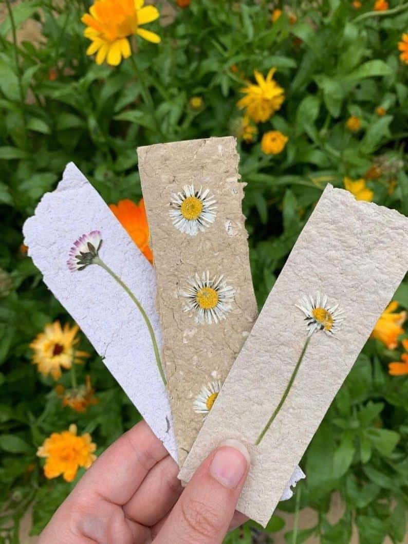 Handmade paper and pressed daisy bookmark