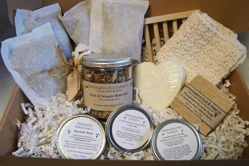 Organic Herbal Relaxation Curated Spa Gift Box For Her image 0
