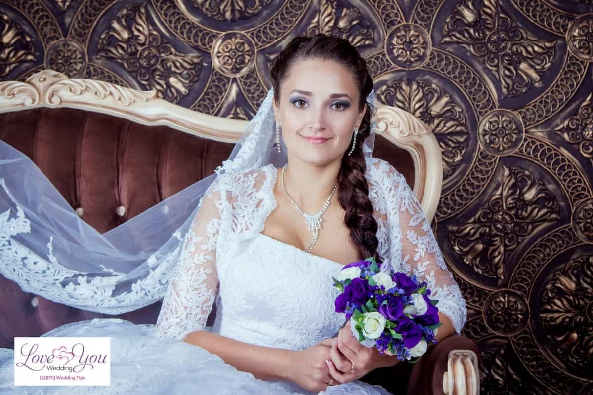 bride with beautiful braided hairstyles for wedding