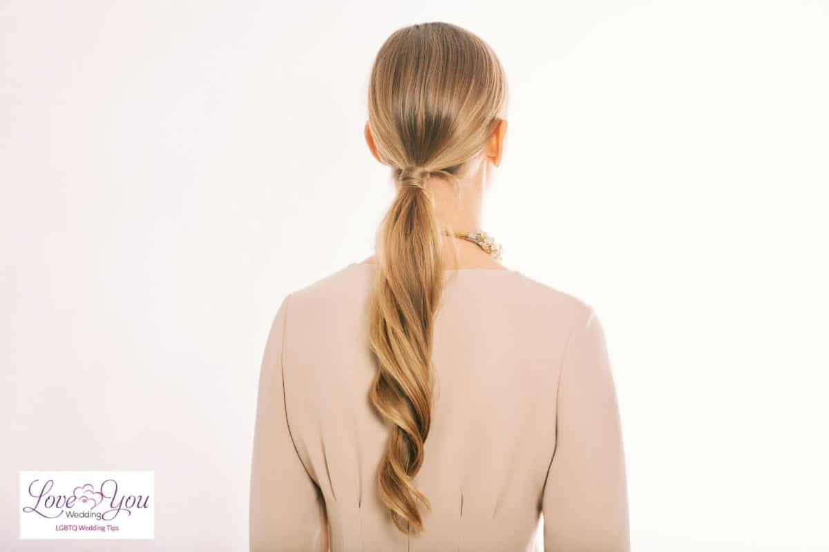simple low ponytail wedding hairstyles for thin hair